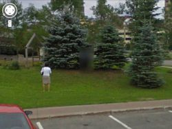 Street-View-pause-pipi-floutage-integral