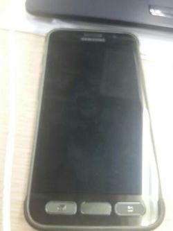Galaxy S7 Active avant