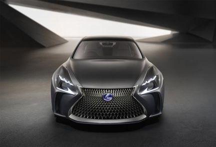 Lexus LF FC avant