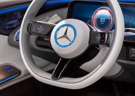 Mercedes Generation EQ volant