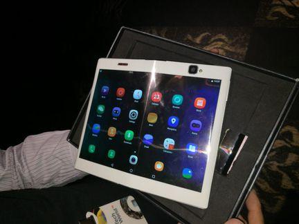 Lenovo tablette repliable 02