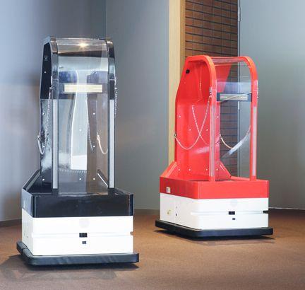 Hotel-Henn-na-robot-porteur