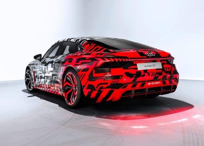 "Audi etron GT 01 ""width ="" 584 ""height ="" 417"