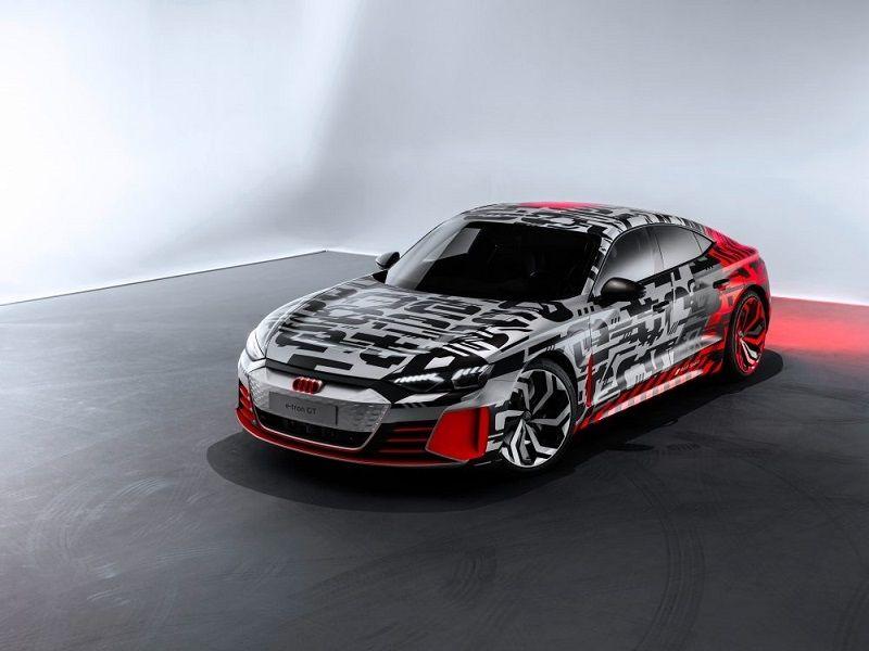 "Audi e-Tron GT 02 ""width ="" 586 ""height ="" 439"