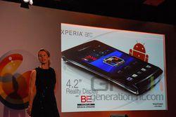 MWC Sony Ericsson Xperia Arc 02