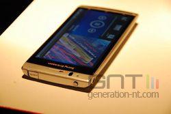 Sony Ericsson Xperia Arc 02