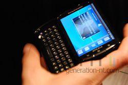 Sony Ericsson Xperia Pro 01