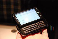 Sony Ericsson Xperia Pro 03