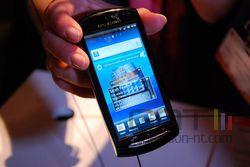 Sony Ericsson Xperia Neo 03