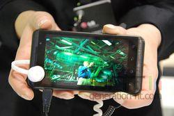 LG Optimus 3D 05