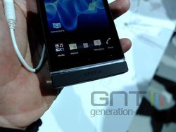 Sony Xperia S 02