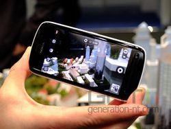Nokia 808 PureView 02