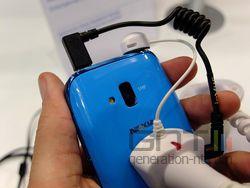 Nokia Lumia 610 03