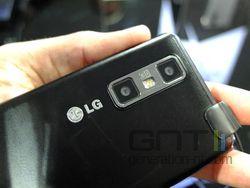 LG Optimus 3D Max 02