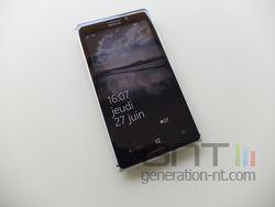 Nokia Lumia 925 face 01