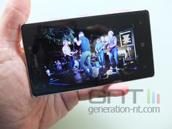 Nokia Lumia 925 photo 05