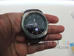 LG G Watch Urbane LTE 02