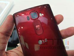 LG G Flex 2 03