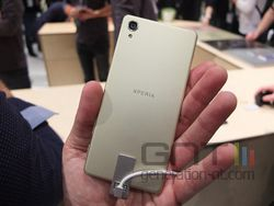 Sony Xperia 03