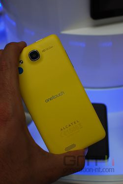 Alcatel One Touch Idol Ultra 02