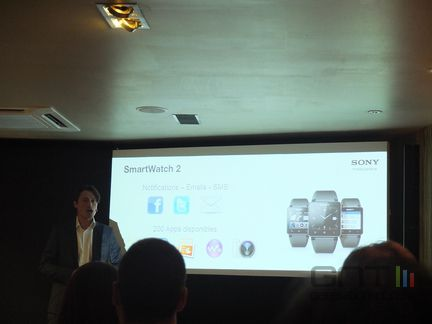 Sony Paris Smartwatch 01