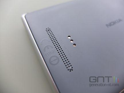 Nokia Lumia 925 grille