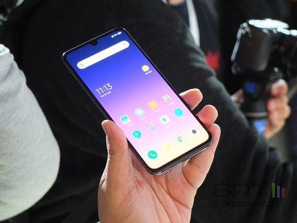 Xiaomi Mi 9 01