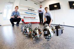 1-snakeroboton