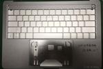 Apple MacBook Pro OLED
