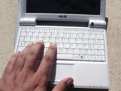 Asus Eee PC 900 12