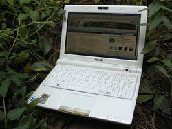 Asus Eee PC 900 23