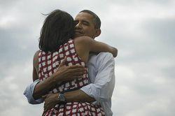 Barack_Michelle_Obama_Twitter_Facebook-GNT