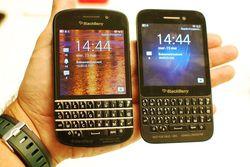 BlackBerry Q5 05