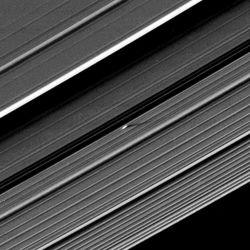 Cassini lune saturne 1