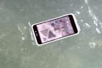 Comet : un smartphone Android étanche et flottant