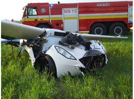 crash aeromobil