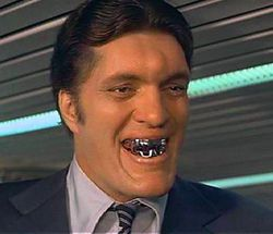 Dentiste jaws moonraker james bond