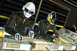 DJ Hero (2)