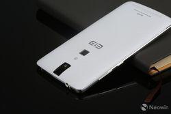 Elephone P8000 dos