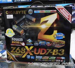 Gigabyte GA-Z68X-UD7-B3 1