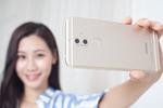 Réseaux sociaux : voici le One finger selfie challenge