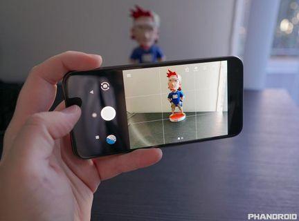 Google Pixel halo