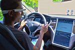 Google s'offre le responsable du mode Autopilote de Tesla Motors