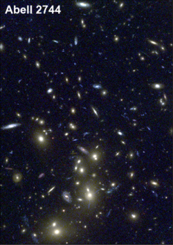 Hubble-amas-de-galaxies-Abell-2744