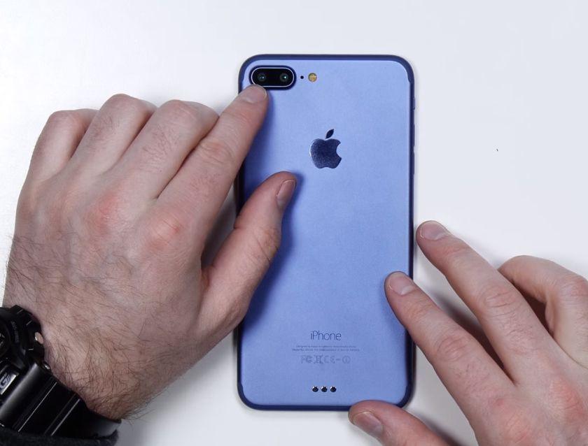 iphone 7 plus une vid o de pr sentation dans sa version bleue. Black Bedroom Furniture Sets. Home Design Ideas