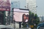 Jakarta-panneau-pub-film-x