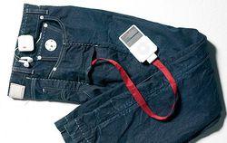 Levis RedWire DLX iPod Jeans 002