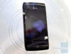 LG GC900 Viewty II avant.