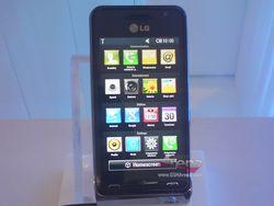 LG GC990 Louvre 12 MP 01