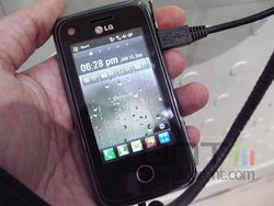 LG GM730 02